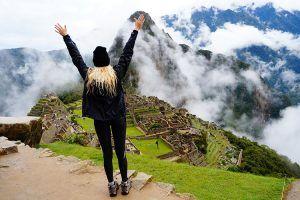Como viver mais feliz viajando