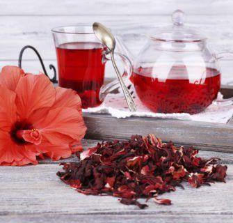 Os benefícios do chá de hibisco para sua saúde - Confira!